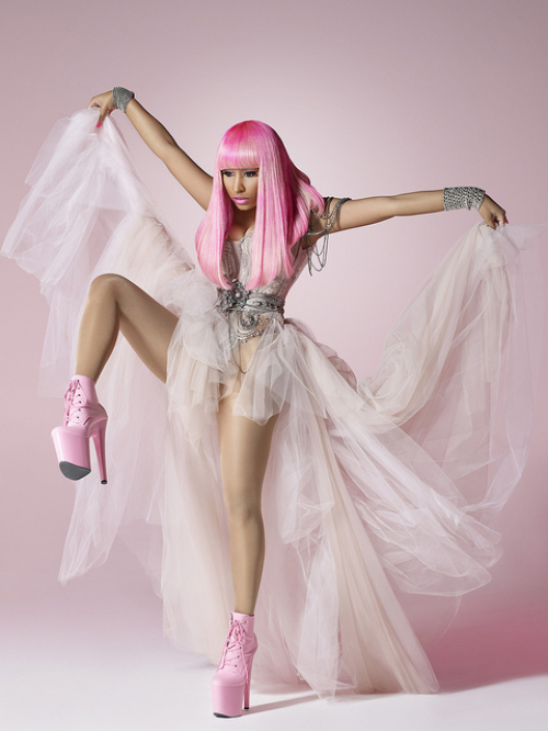 nicki minaj moment 4 life dress. Nicki Minaj spread peace,