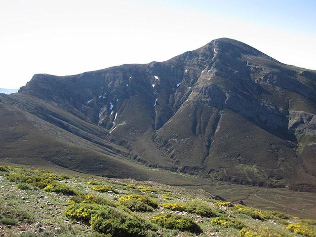 Pico Lezna y Pico Pumar o LLaos