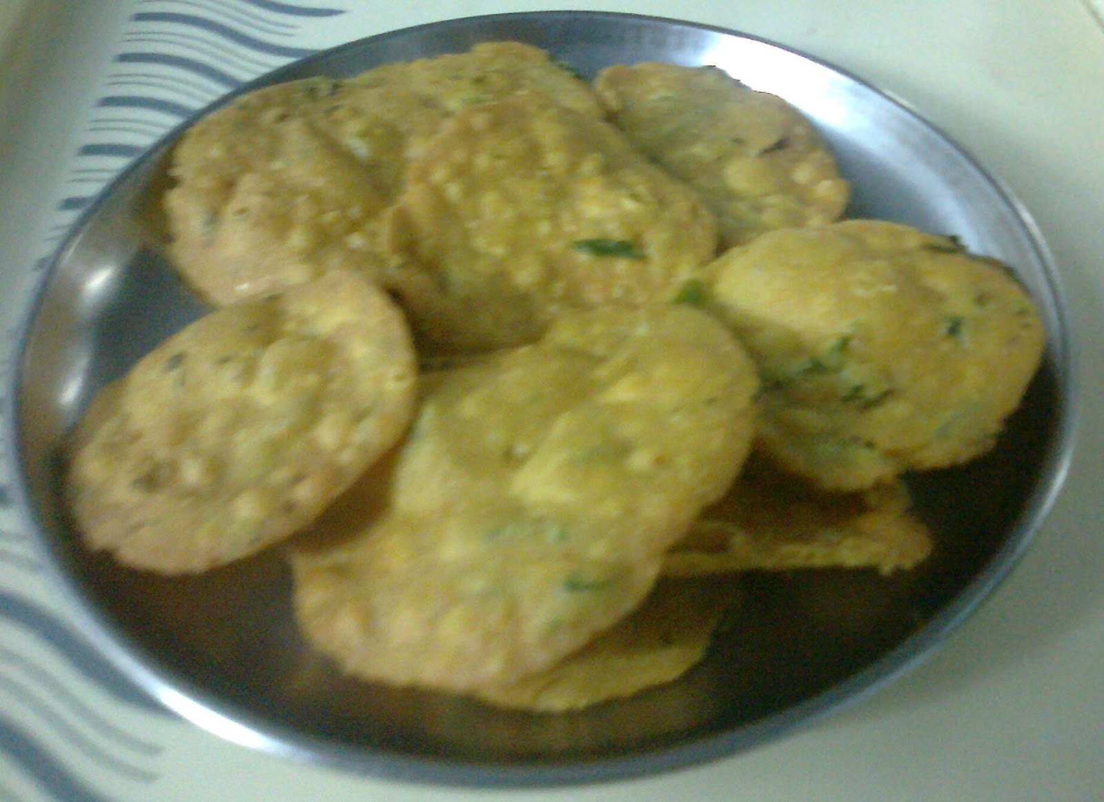 Tikhi Puri Recipe