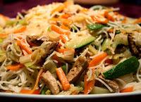 Massa Japonesa com Legumes e Tofu (vegana)