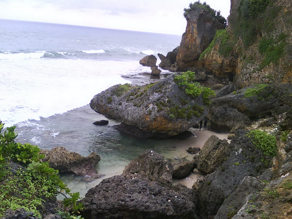 Backpacker Pantai Ngobaran Gunung Kidul Yogyakarta