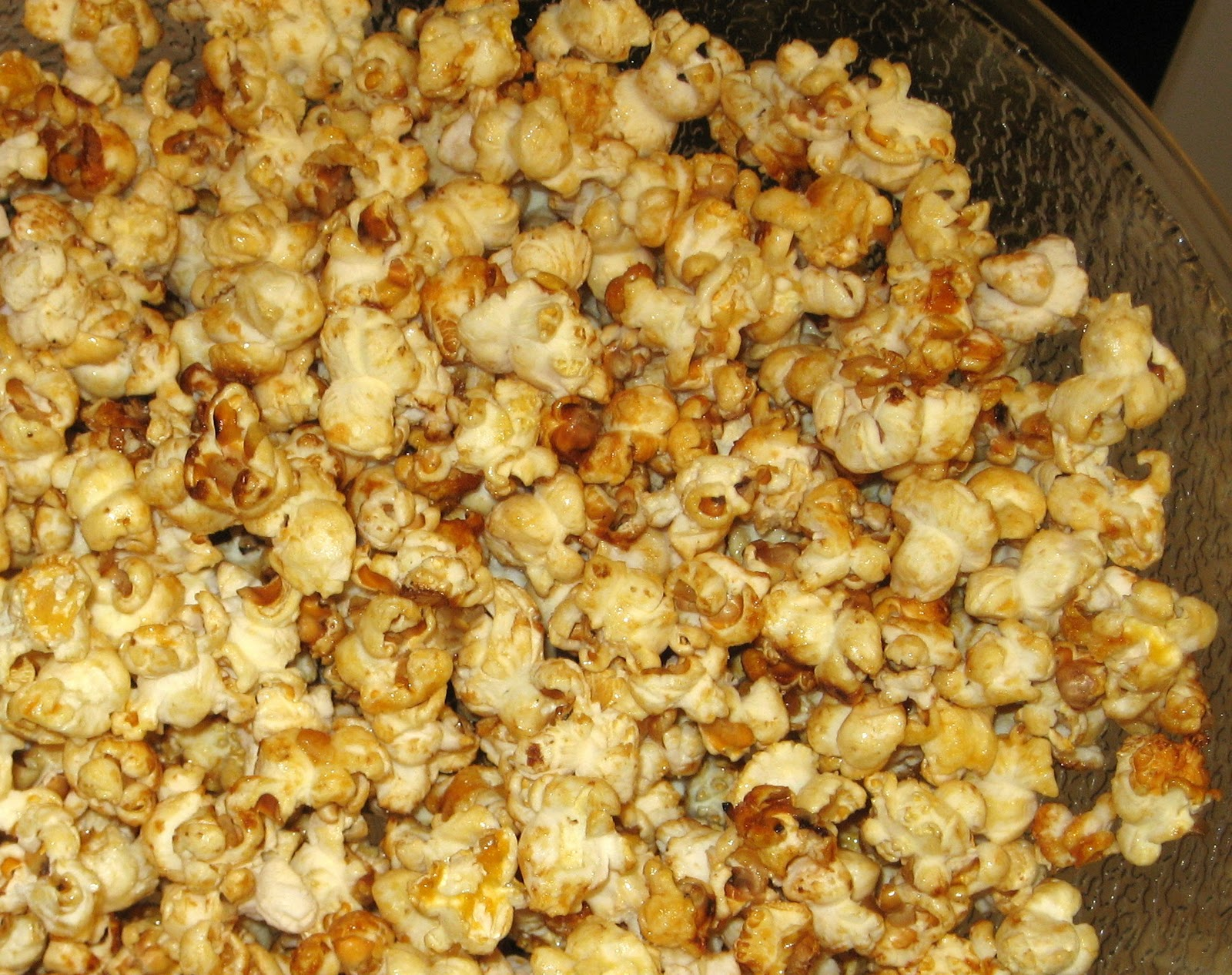 Mormon Mavens in the Kitchen: Homemade Kettle Corn