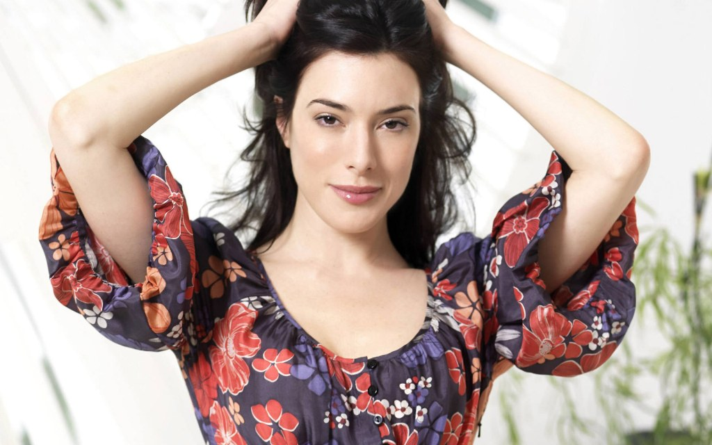 jaime murray wonder woman - photo #39