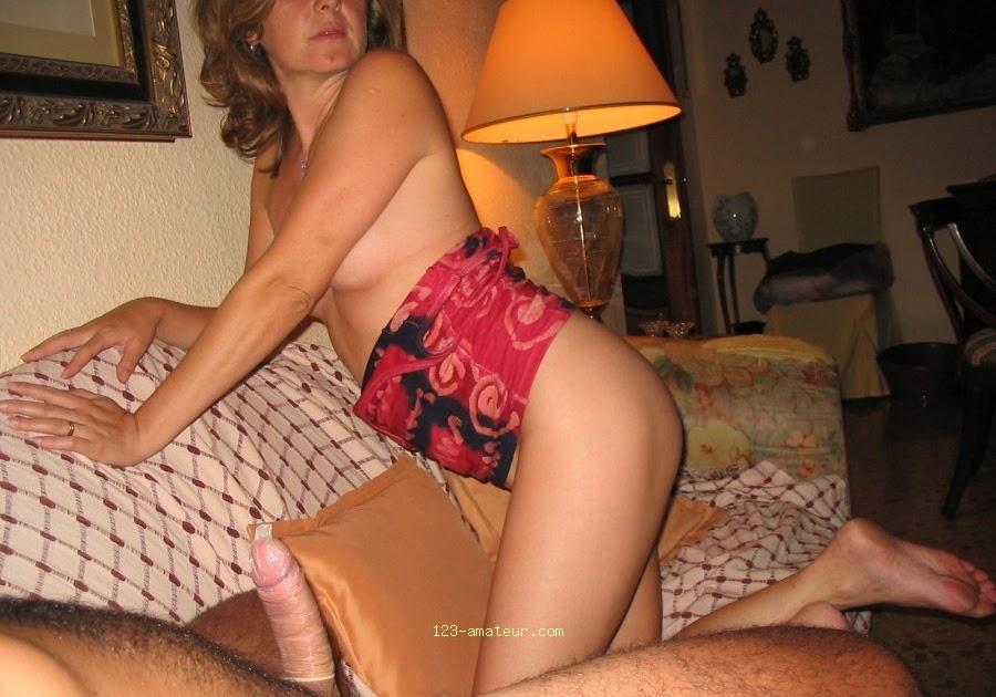 image Encuentro amateur sensual bisexo trío