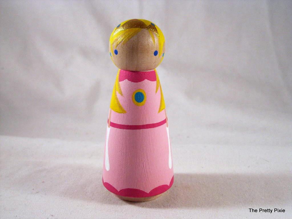 http://4.bp.blogspot.com/-BwF4r7emo_Y/TV1_-ZtSI6I/AAAAAAAAADM/X9CzEyRWyjo/s1600/princess%252Bpeach.jpg