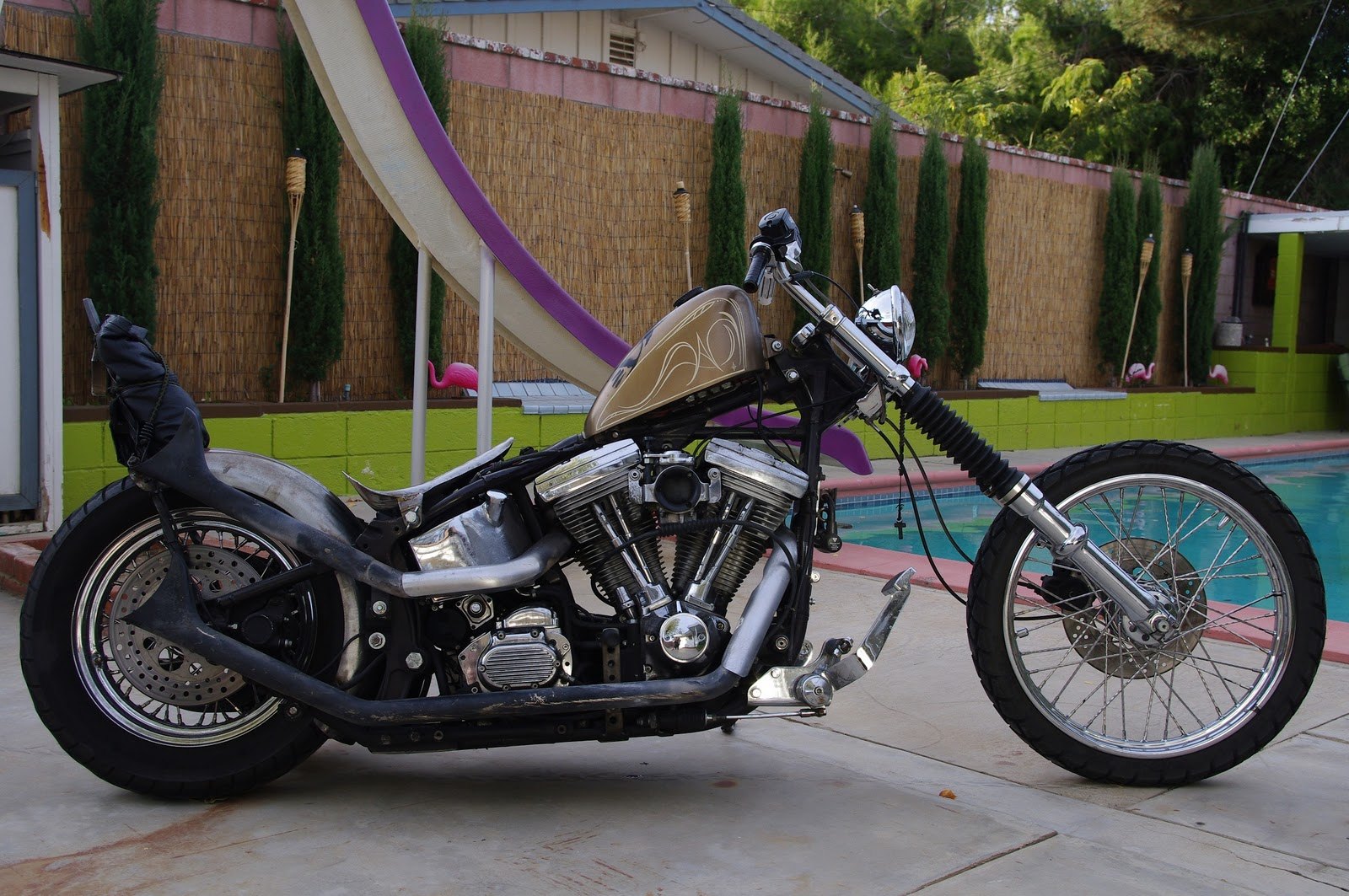 KingDeadbeat: El Rey\'s bike