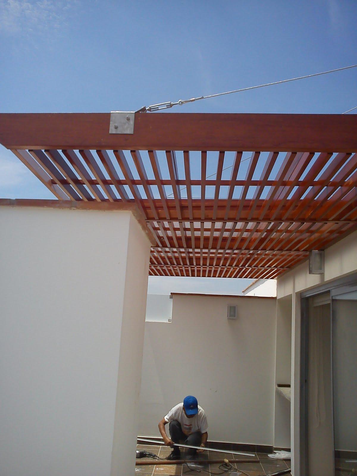 Techo sol y sombra con tensores surco cgc san hilarion - Estructuras de madera para techos ...