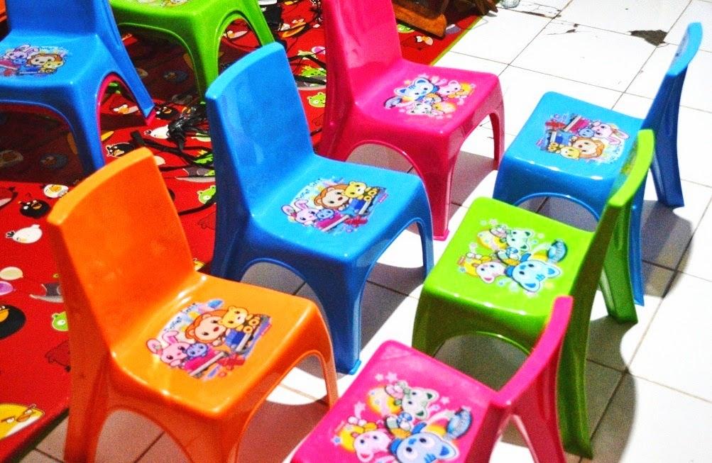 menyewakan kursi anak