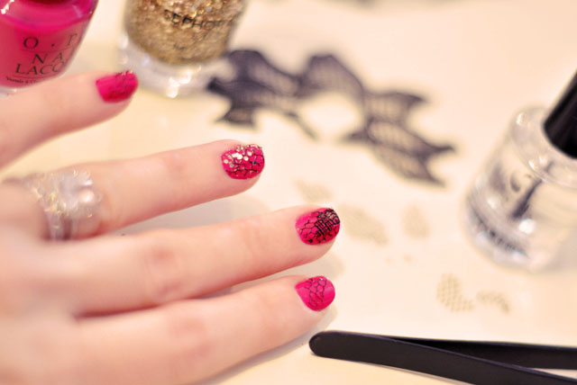 mesh nails manicure tutorial