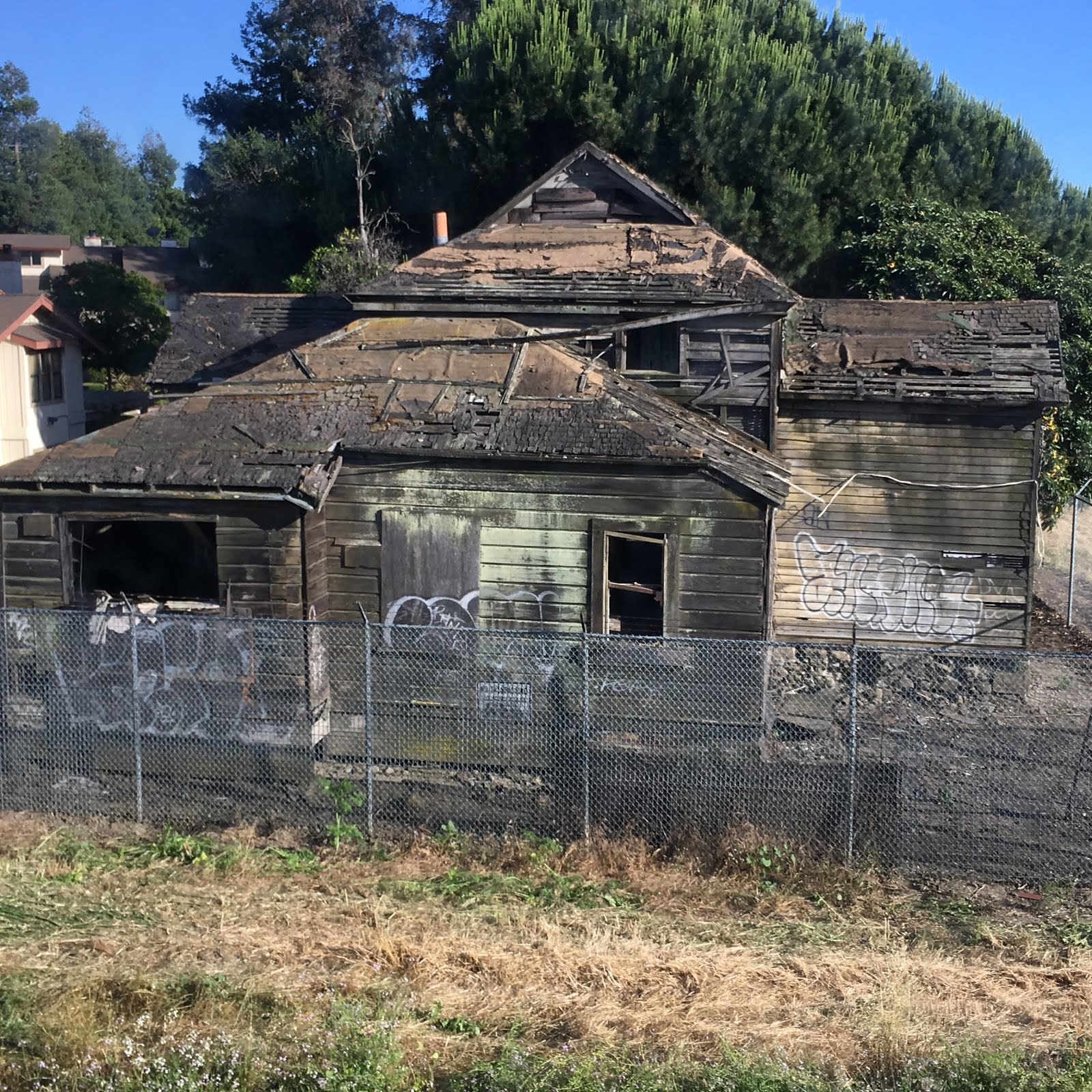 Billy Wardle family blog: ACE Train Views: Old House and ...