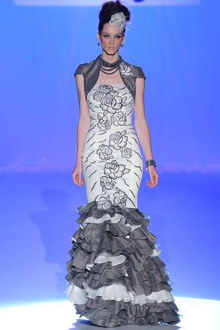 CARLA RUIZ - Gaudi 2012 - Lange Kleider