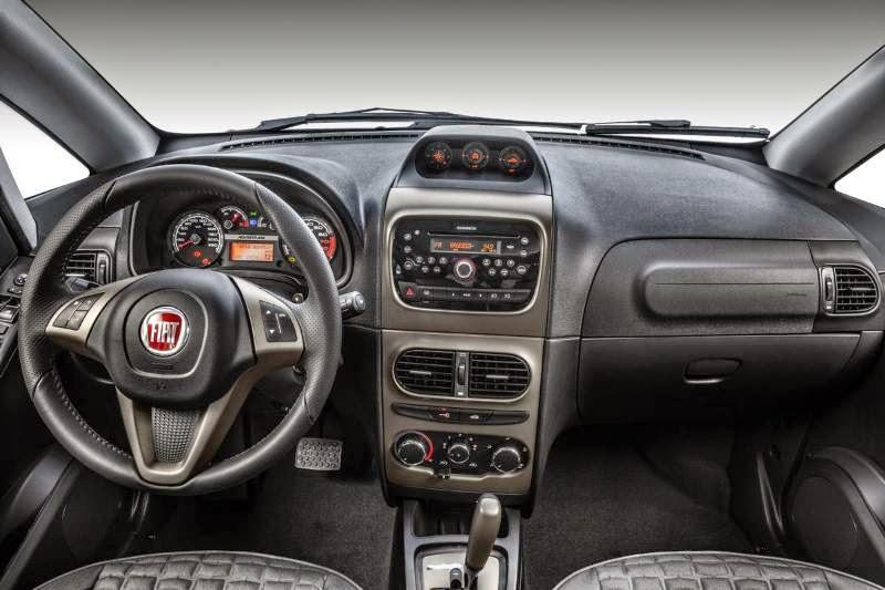 Fiat Idea 2014 interior painel fotos