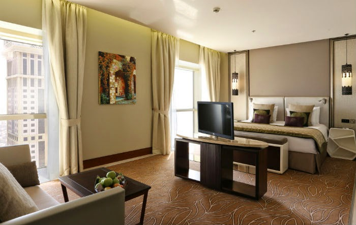 Millennium Plaza Hotel Dubai offers 398 rooms and suites in total, spread over 39 floors