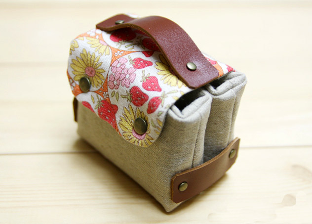 sewing fabric gift card or business card holder tutorial diy in pictures - Diy Business Card Holder