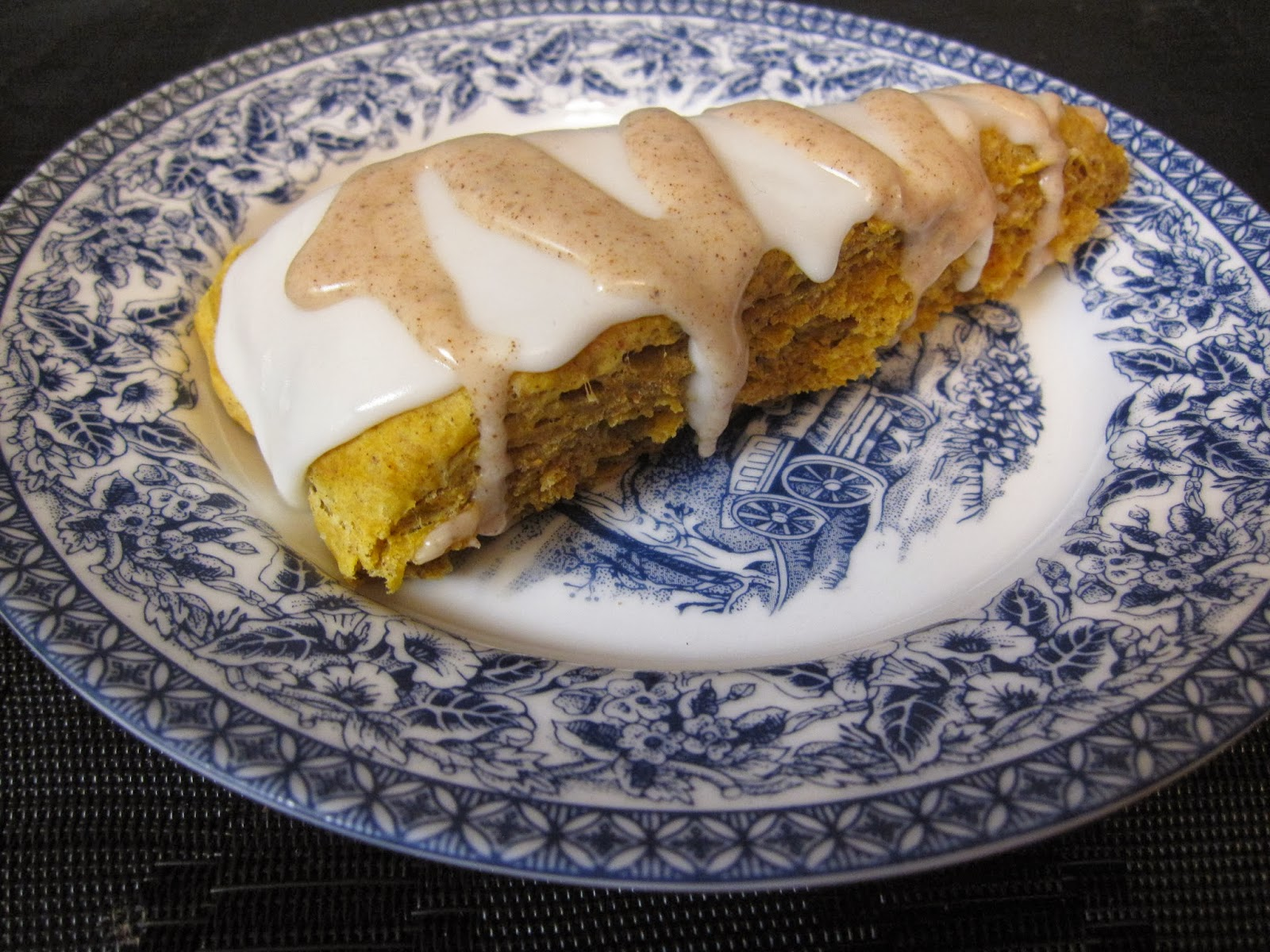 Taste of...: Starbucks Pumpkin Scones