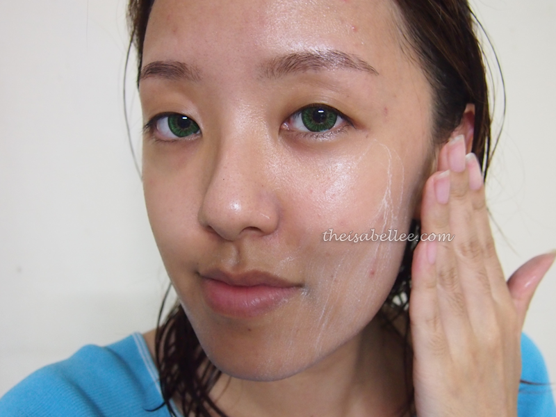 Applying Eumora Facial Bar