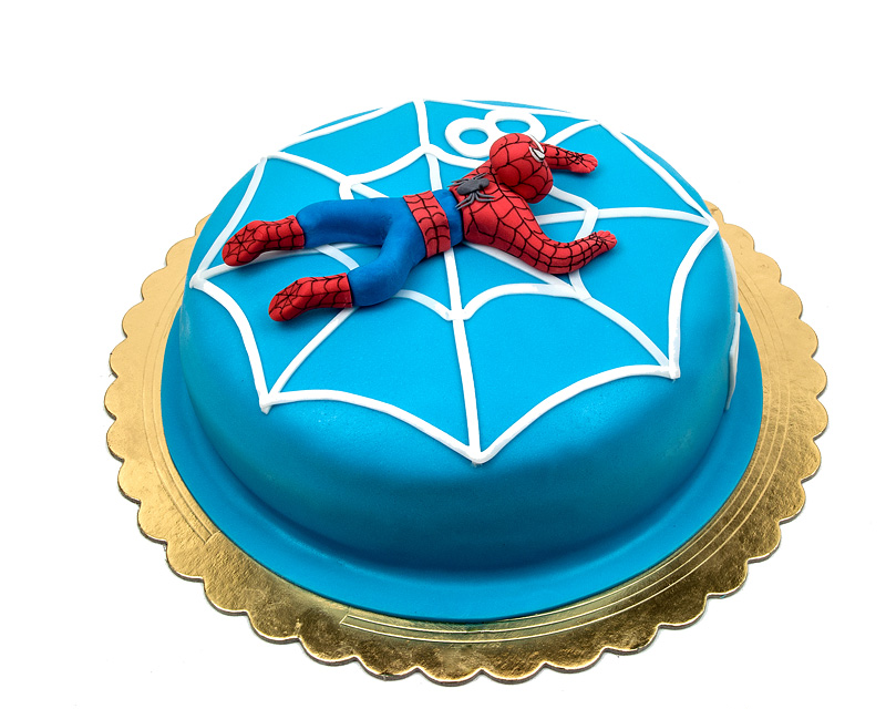 Torta Spiderman cake fondant topper side view