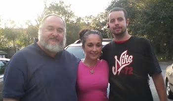 Aramis Gonzalez Gonzalez Con Darlene Gonzalez Abreu y Jonathan Enero 28, 2012