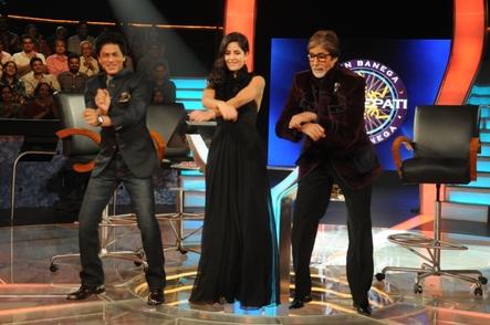 Amitabh Bachchan ,Shahrukh khan ,Katrina kaif dancing on open gangnum style Image