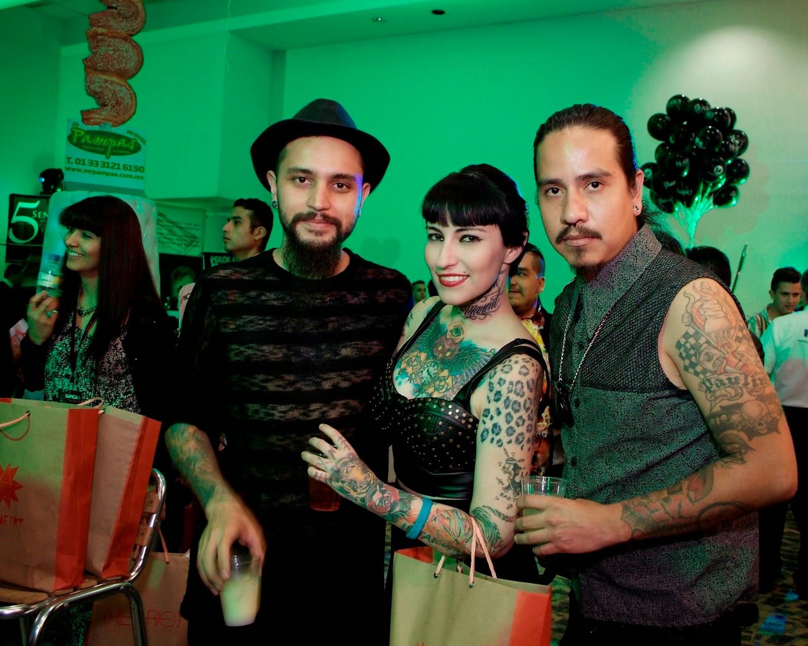 Stres, Fabian Paul, diseñadores nacionales, sapica marzo 2014, fashion avenue sapica, coctel,