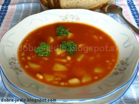 Fazuľová polievka s paradajkovým pretlakom - recepty