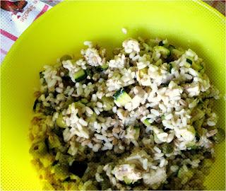 La ricetta dell'Insalata di Cereali è perfetta per il periodo estivo. Veloce da preparare, sana e ottima da gustare sotto l'ombrellone.