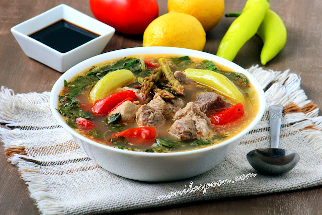 Gluten-free, low-carb and paleo-friendly is this delicious lemony pork soup with asparagus and spinach! The fresh lemon juice adds freshness and tang to this protein-packed soup. (Sinigang na Baboy)