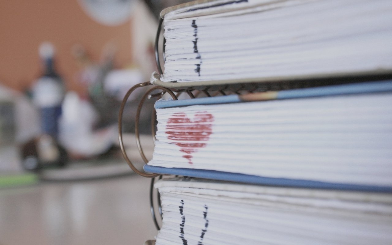 http://4.bp.blogspot.com/-ByBnlOIKVxQ/UAsSLy2IWyI/AAAAAAAAHd0/0S9RrJ25Q_U/s1600/i_love_u_you_wallpapers+(18).jpg