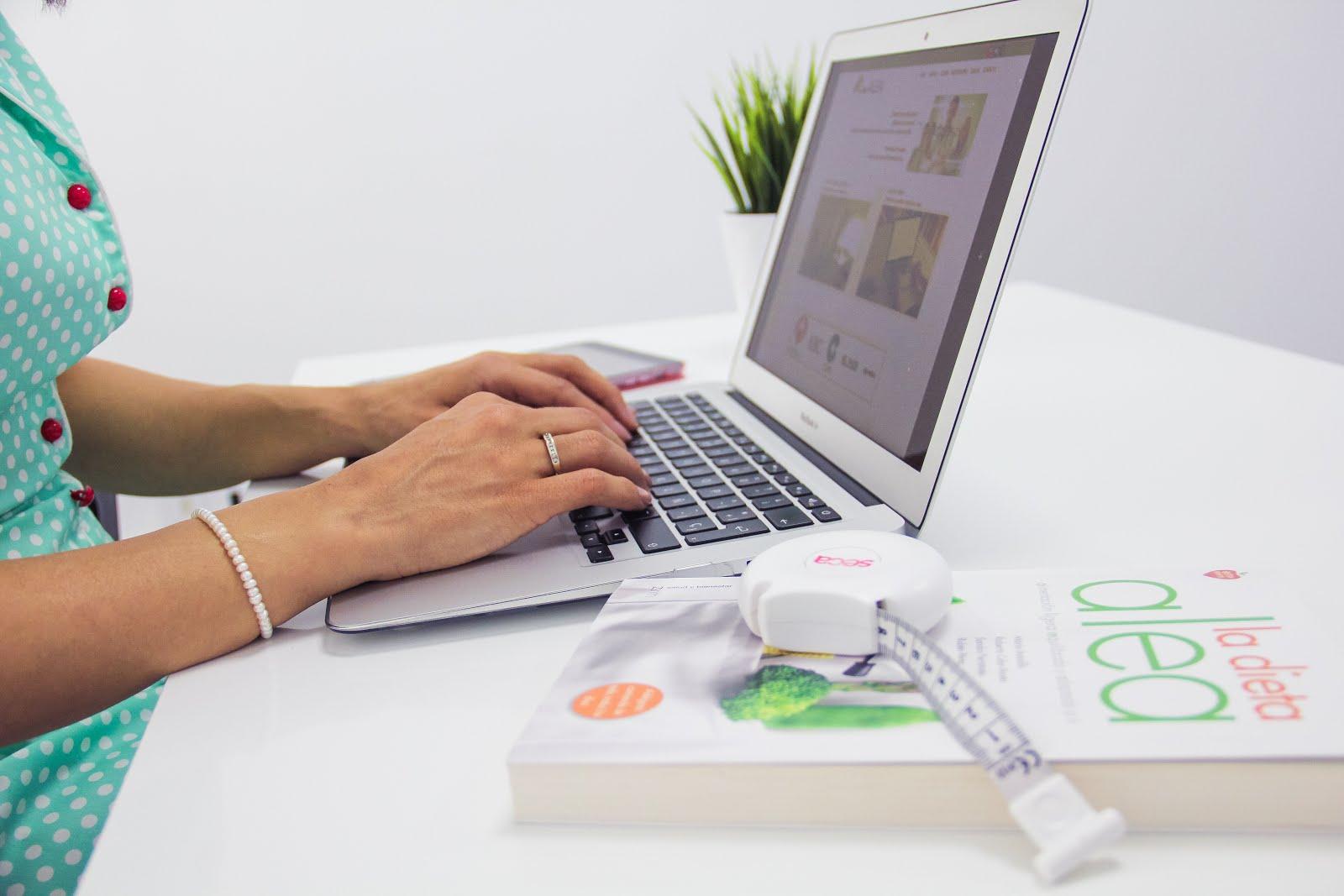 También te ayudamos online