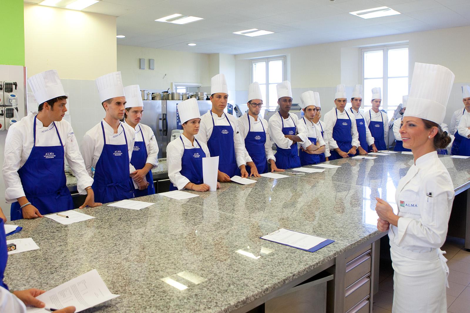 Istituto alberghiero di trastevere: tre neo diplomati alla scuola