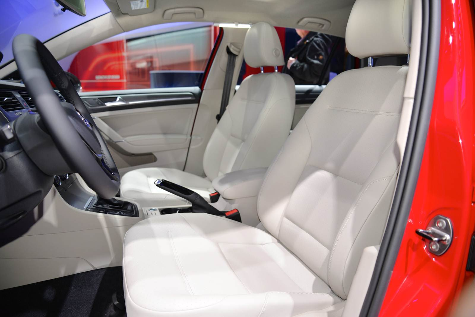 Novo VW Golf 2015 - produção México - interior
