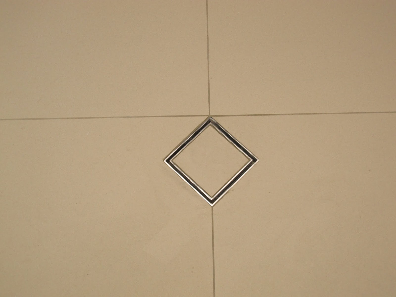 Our metricon nolan 41 journey ceaserstone installed for M floor meaning