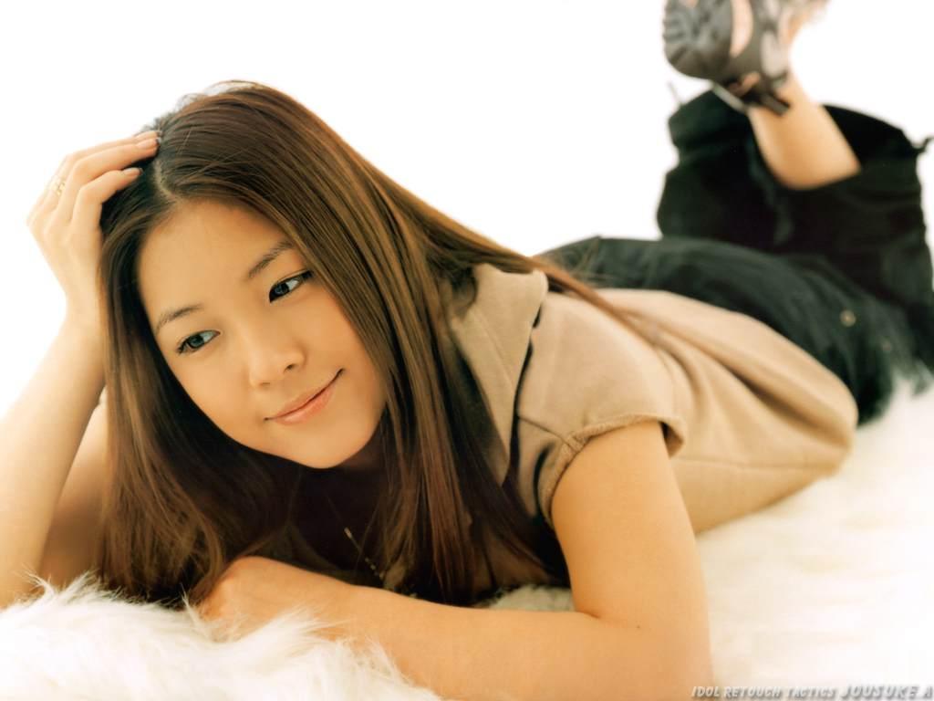 http://4.bp.blogspot.com/-ByyIFaOuKm4/TiTcdjoCErI/AAAAAAAAINA/Ze_MZI_wYTI/s1600/Singer-BoA+-11.jpg