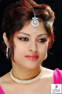 Missosology Nepal: Gareema Pandey to Miss India Worldwide 2013