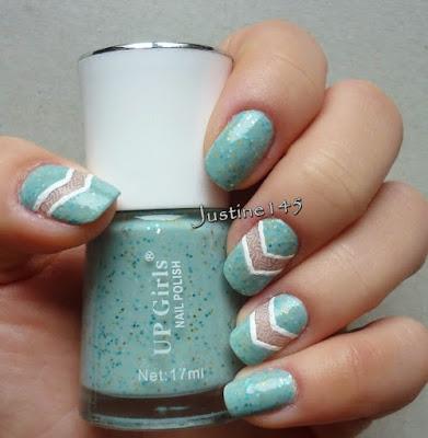 http://justine145.blogspot.com/2014/12/chevron-manicure.html