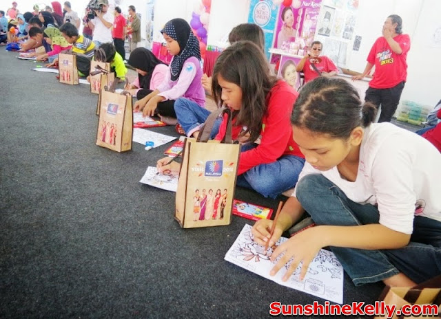 MaTiC Fest 2013, Locals and Tourists, Matic, malaysia tourism center, children colouring competition