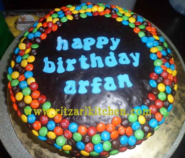 m&m birthday cake
