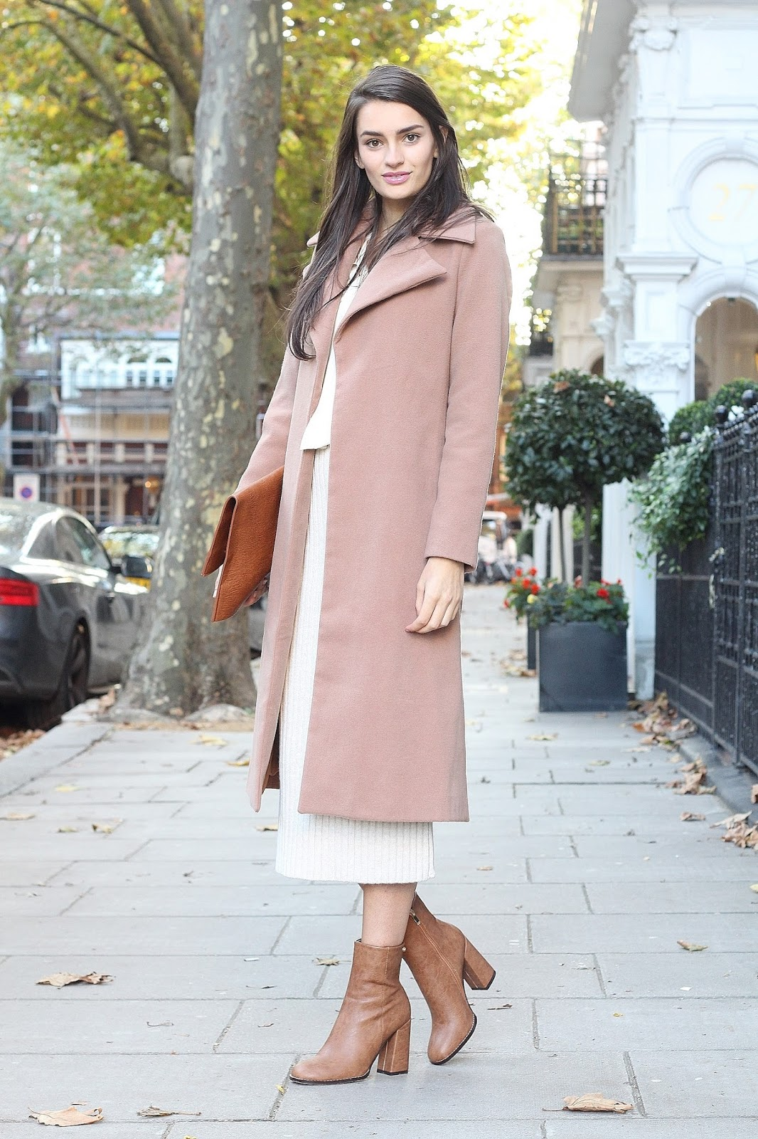 peexo fashion blogger layering autumn neutrals