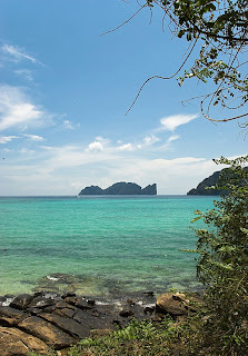 (Thailand) - Maya Bay - Phi Phi islands