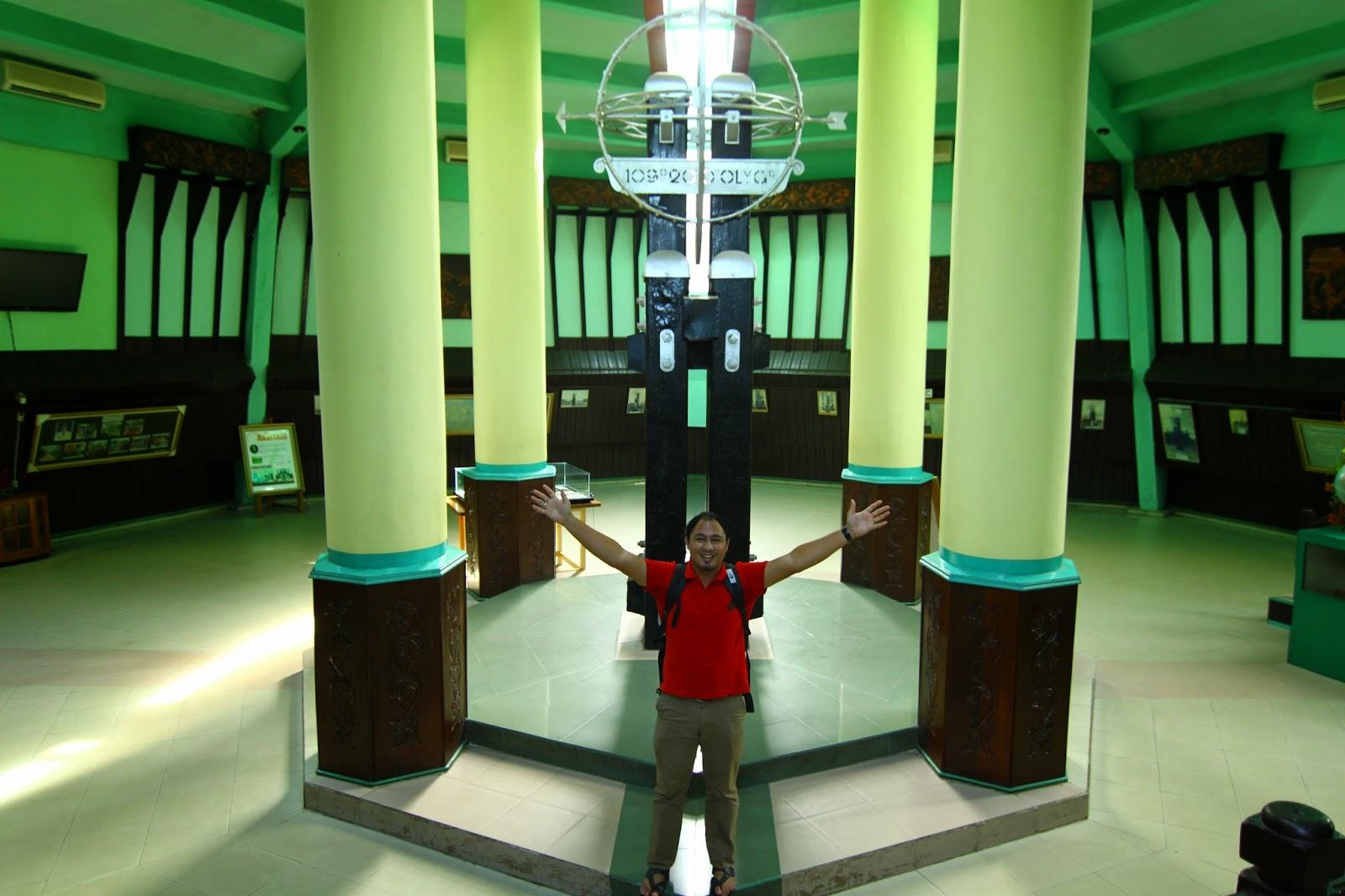 Tugu Khatulistiwa, Kota Pontianak, Kalimantan Barat, Indonesia
