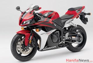 Spesifikasi dan Harga Honda CBR600RR Terbaru 2013