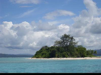 pulau pombo lautnya hijau
