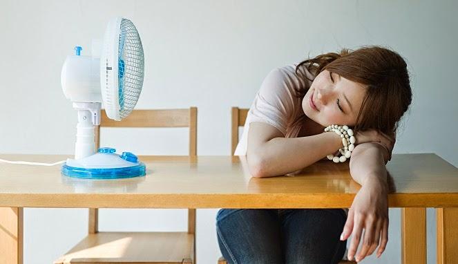 Penyakit yang Bisa Timbul karena Kipas Angin atau AC