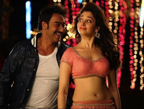Tamanna Latest Hot Navel Show Picture From Himmatwala Movie