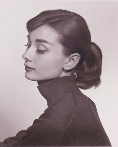 https://images.nonexiste.net/popular/wp-content/uploads/2012/03/Audrey-Hepburn-by-Yousuf-Karsh-Wow.jpeg