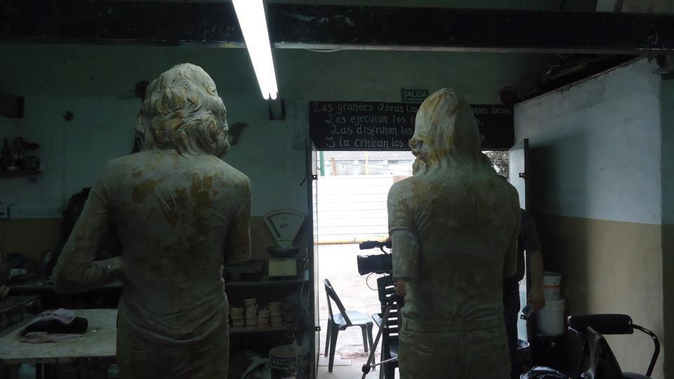 MarDelPlata: Estatuas en homenaje a Charly y Nito