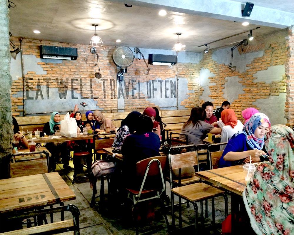 Hipster Restaurant Interior : Otw food street court meets hipster café