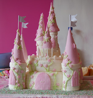castle cake with tutorial