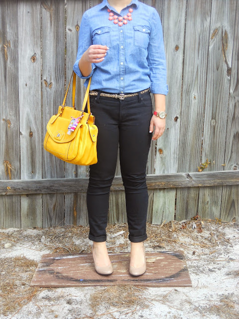 chambray shirt five ways fall statement necklace black skinny jeans leopard belt mustard purse