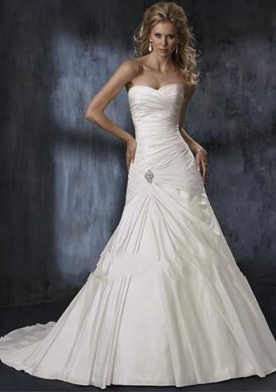 We have mentioned some cheap wedding ideas that will help you plan your